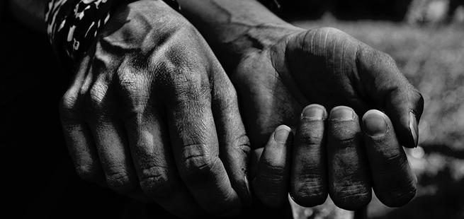 hands-854593_960_720